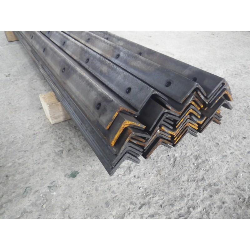 PIQUETS ACIER L50x50x5 H.2M - 4 trous - Par 50