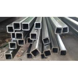 Tube acier carré 15 mm x 15 mm x 2 mm